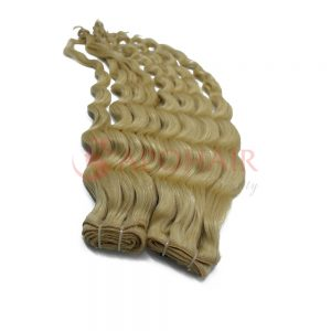 02 weave body wavy blonde